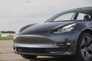 Tesla called falsification of cases of spontaneous acceleration of electric vehicles