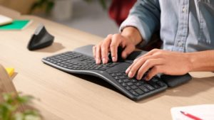 Logitech introduced the ergonomic keyboard Ergo K860