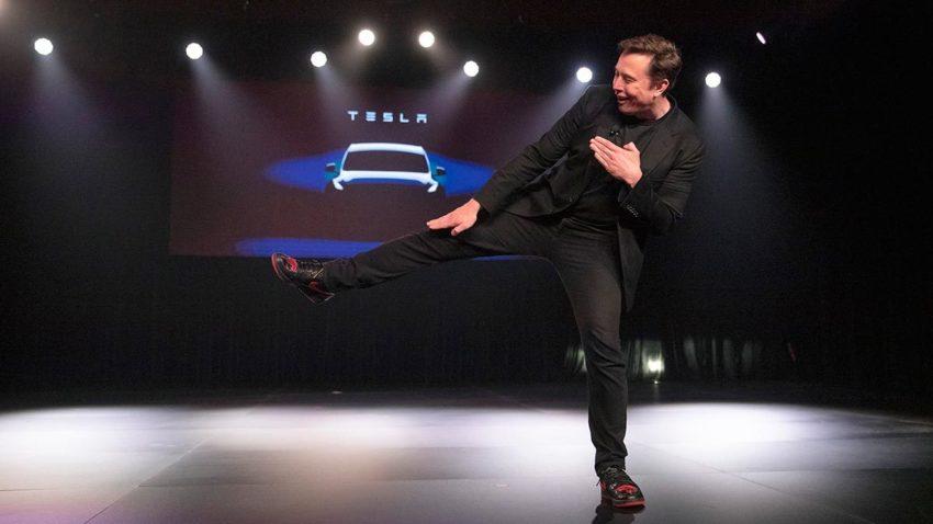 Tesla's market cap approaches $ 100 billion