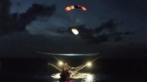 """Rescue ship of SpaceX could not """"catch"""" Falcon 9 rocket fairing"""