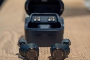 Audio-Technica ATH-ANC300TW – the best wireless headphones that sound better than AirPods Pro
