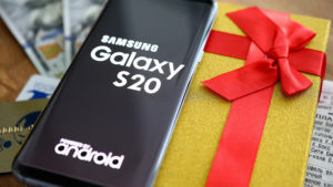 Smartphone review Samsung S20 and Samsung S20+