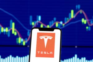 US investor explains whether it is worth buying Tesla shares