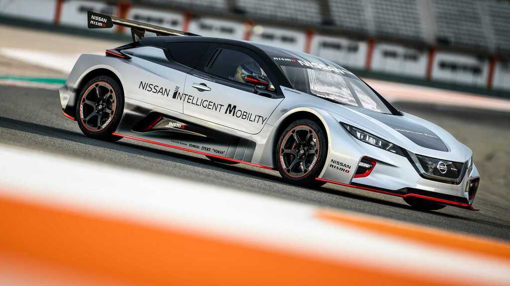 Electric car Nissan LEAF Nismo RC