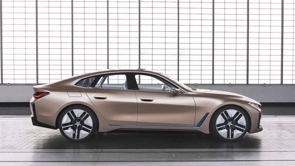 BMW Concept i4: view from the left side