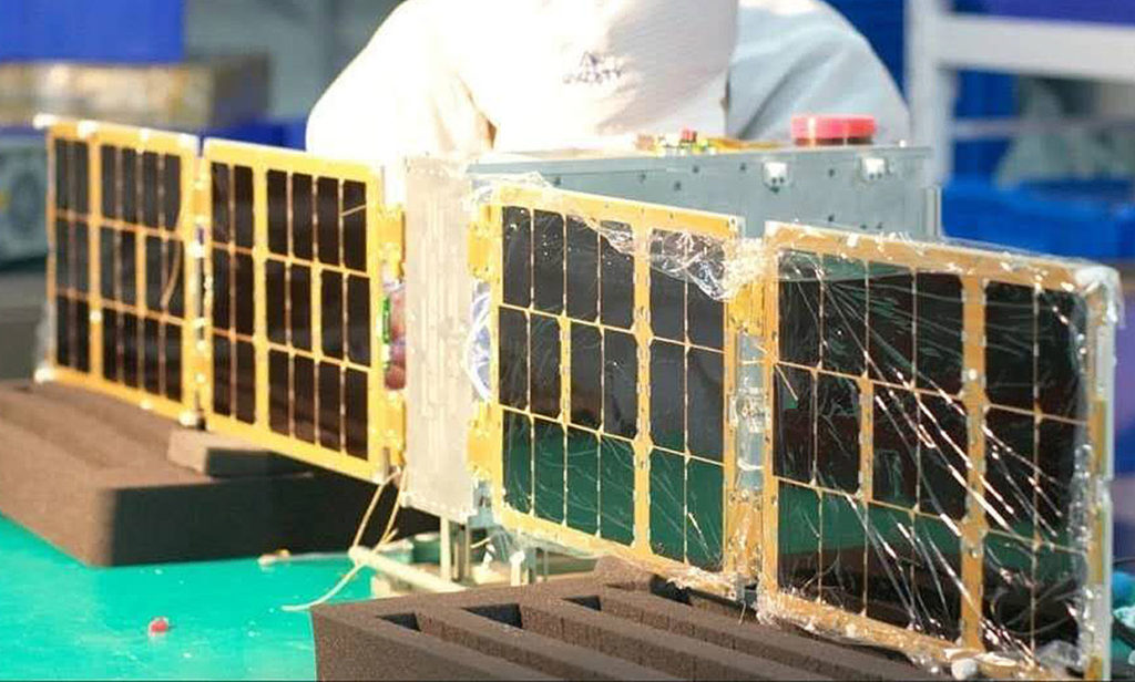 Kubsat Spacety Xiaoxiang-1-07 (Xiaoxiang-1-07) in the testing process