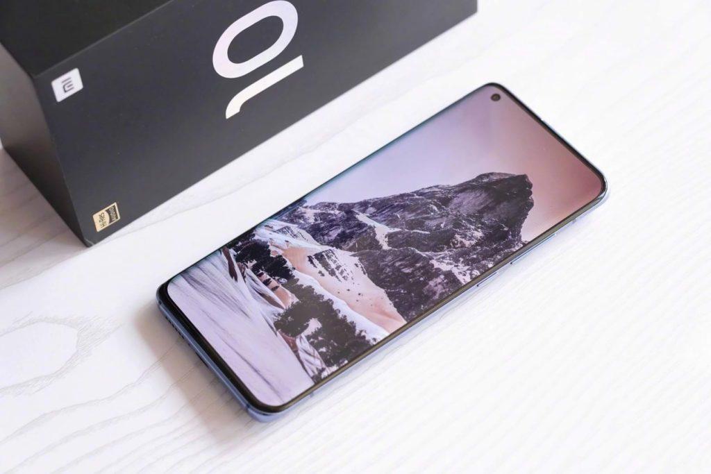 Frameless Xiaomi MI 11