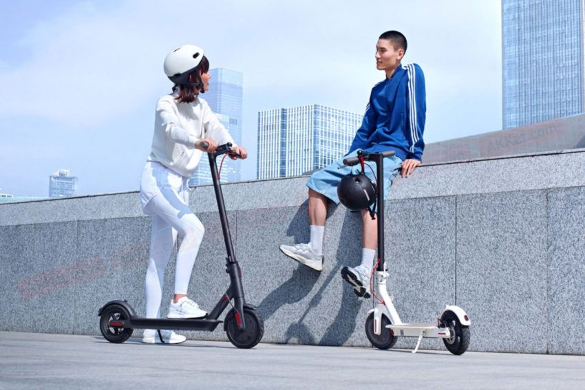 Xiaomi Mijia Scooter 1S presented - an electric scooter with a screen and a power reserve of 30 km